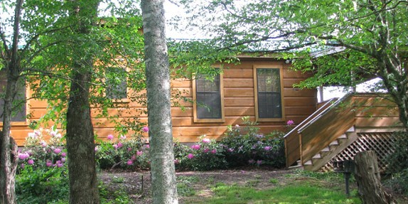 Romantic Log Cabin Getaway in Western NC | NC Mountain Vacation Log Cabins
