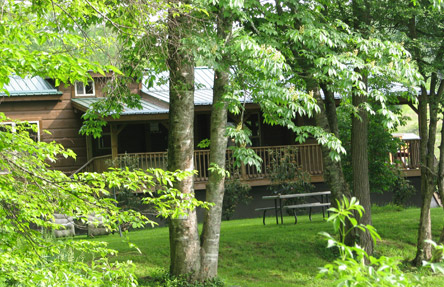 Riverbend cabin rental nc mountain cabins linville for Linville falls cabin rentals