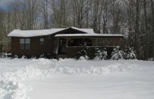 western-nc-log-cabins-let-it-snow