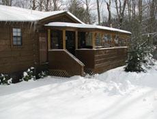 western-nc-log-cabins-letitsnow10
