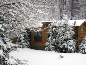 Cozy Ski Log Cabin Vacation Rental in Western NC