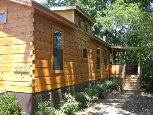 River's Edge Log Cabin