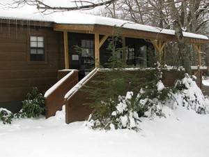 western-nc-log-cabins-05-winter 512