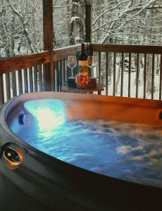 Cabin for rent near Linville Falls Winery NC